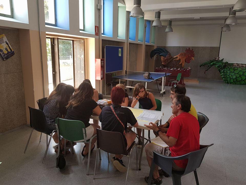 Preparatius per a l'arribada dels participants del Conflent, els Aspres i la Garrotxa a l'Erasmus+.