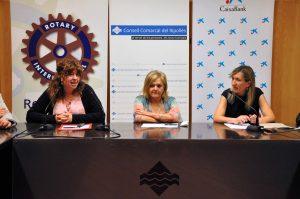 Lliurament donatiu Nit benèfica Rotary