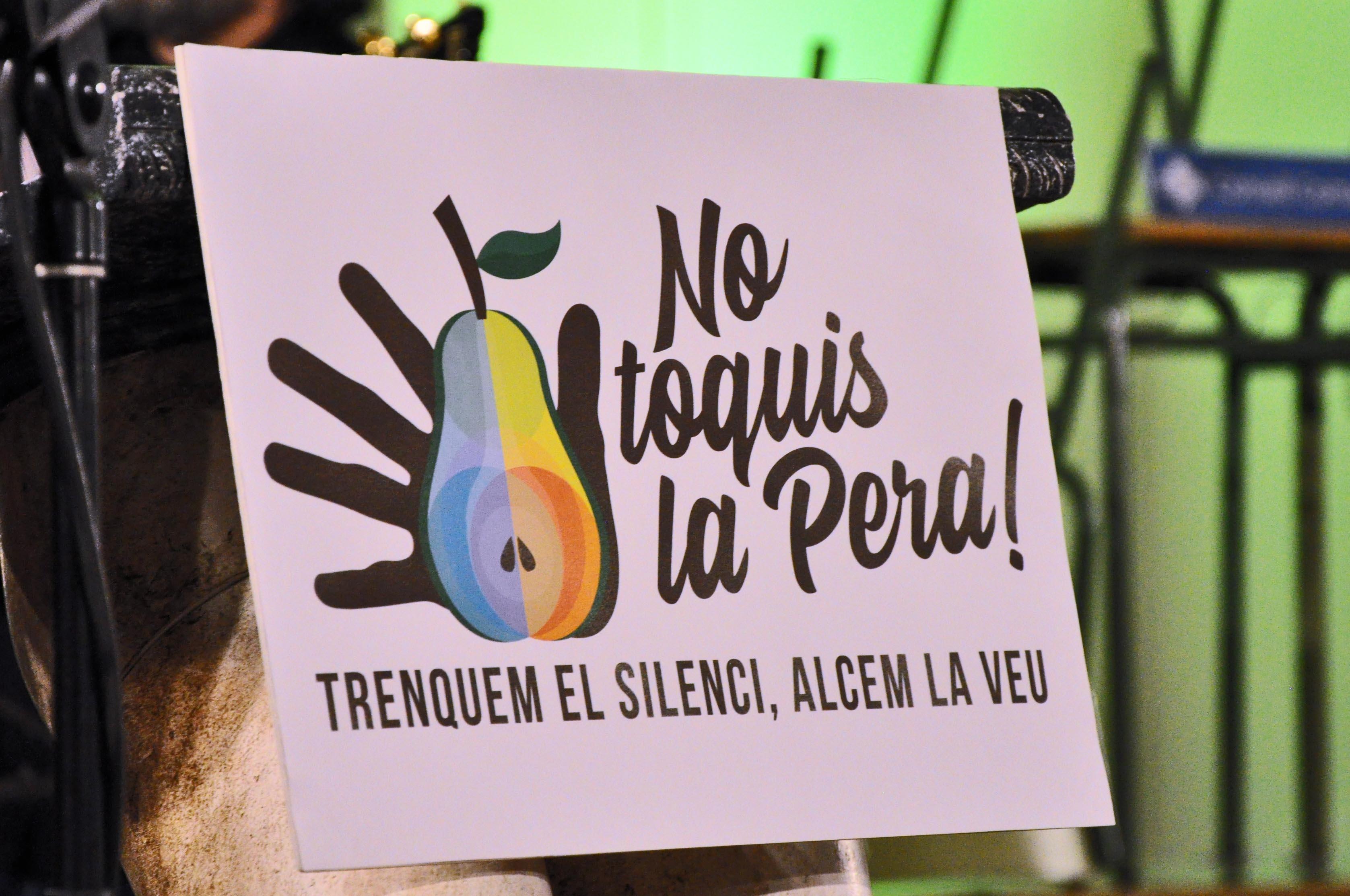 Campanya contra les agressions sexistes No toquis la pera